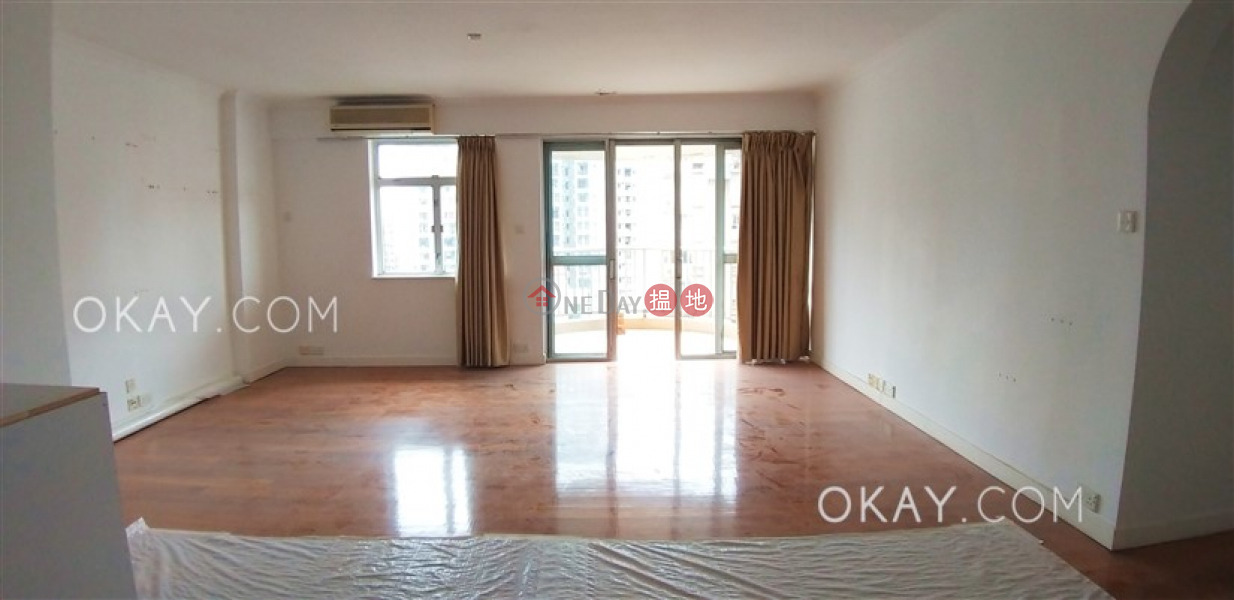 HK$ 75,000/ month Pearl Gardens Western District, Efficient 4 bedroom with balcony & parking | Rental