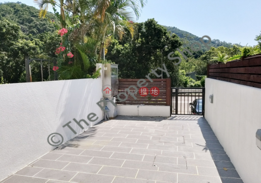 Modern 2 Storey House|西貢仁義路村(Yan Yee Road Village)出租樓盤 (Agent-9681061458)