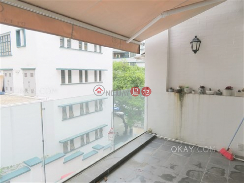 Practical with terrace & balcony | Rental | 42 Aberdeen Street 鴨巴甸街42號 Rental Listings