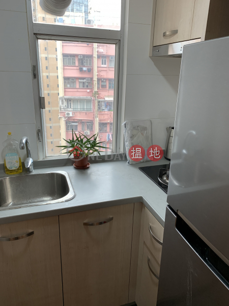 HK$ 17,500/ month | Midland Centre, Western District, High Floor, 2 Rooms, Sheung Wan