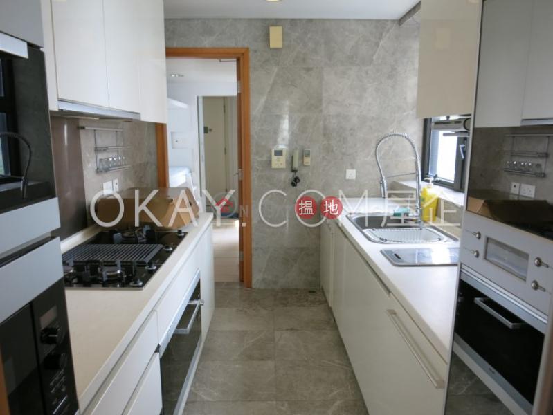 HK$ 60,000/ month | Phase 6 Residence Bel-Air, Southern District, Beautiful 3 bed on high floor with sea views & balcony | Rental