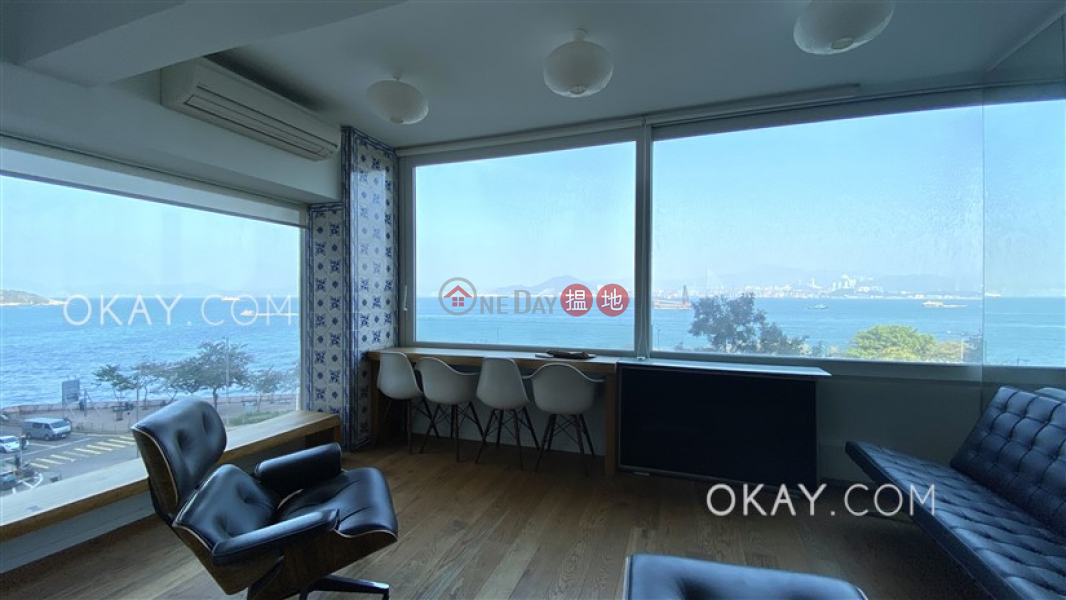 Generous with sea views in Western District | For Sale | New Fortune House Block B 五福大廈 B座 Sales Listings