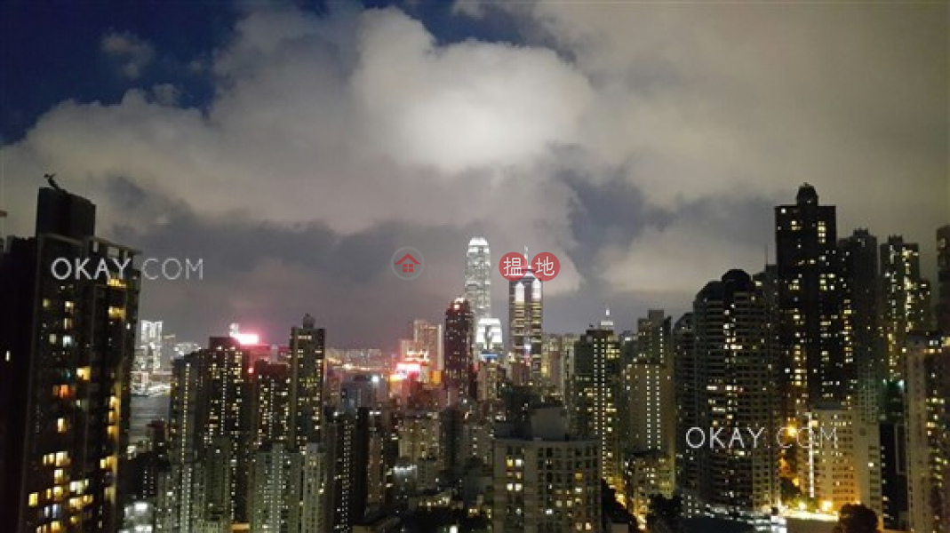 HK$ 12.8M, The Nova Western District, Lovely 1 bedroom on high floor with sea views & balcony   For Sale