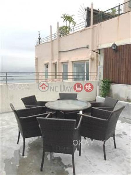 Elegant penthouse with harbour views, rooftop & terrace   Rental   New Fortune House Block B 五福大廈 B座 Rental Listings