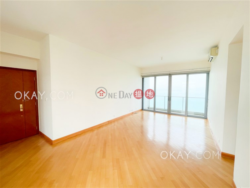 Beautiful 3 bedroom on high floor with balcony   For Sale   Phase 4 Bel-Air On The Peak Residence Bel-Air 貝沙灣4期 Sales Listings