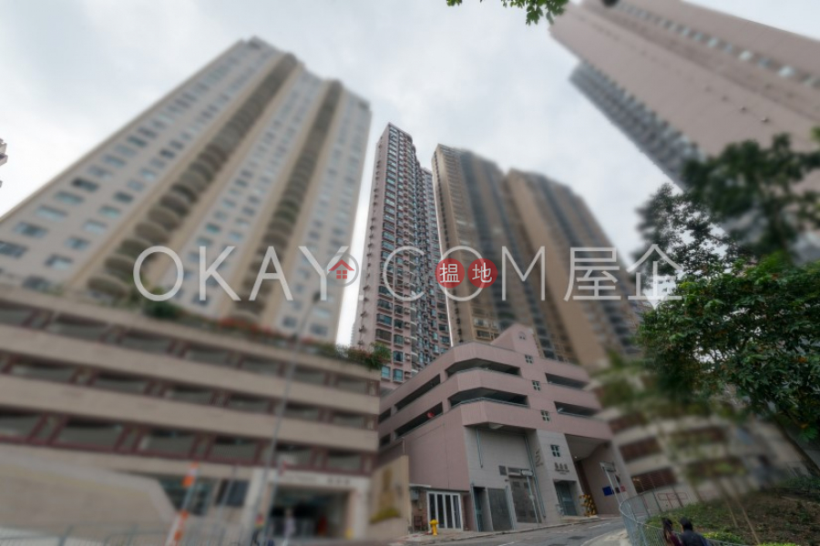 Lovely 2 bedroom with balcony & parking | For Sale | Dragonview Court 龍騰閣 Sales Listings