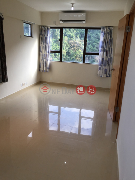 Flat for Rent in Grandview Tower, Mid-Levels East 128-130 Kennedy Road | Eastern District | Hong Kong, Rental HK$ 36,000/ month