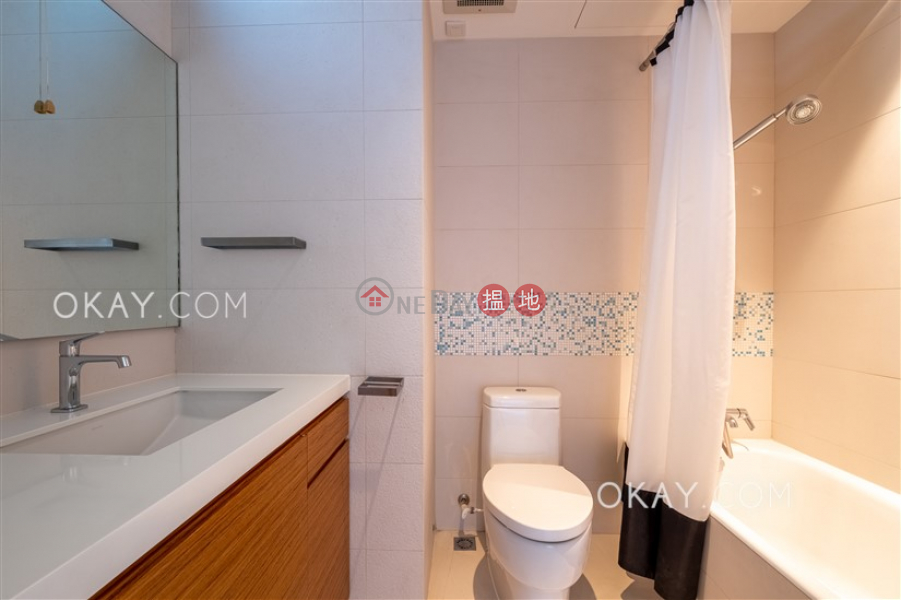 Beautiful 3 bedroom with balcony & parking | For Sale | Bellevue Court 碧蕙園 Sales Listings