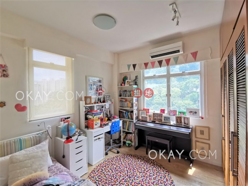 HK$ 56,000/ month, Monticello Eastern District Efficient 3 bed on high floor with balcony & parking | Rental