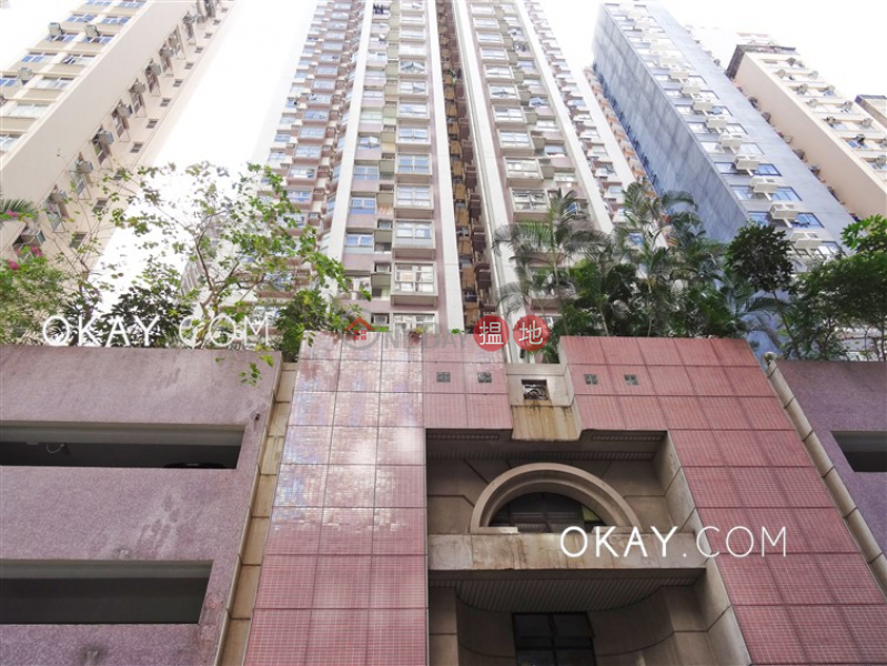 HK$ 10.5M, Wealthy Court, Eastern District, Charming 3 bedroom in North Point   For Sale