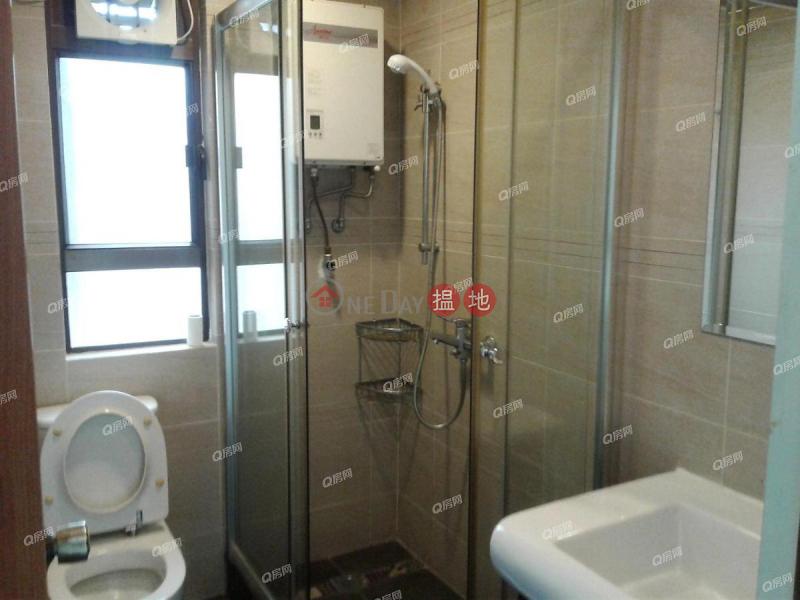 HK$ 75,000/ month | Block 32-39 Baguio Villa | Western District | Block 32-39 Baguio Villa | 3 bedroom High Floor Flat for Rent