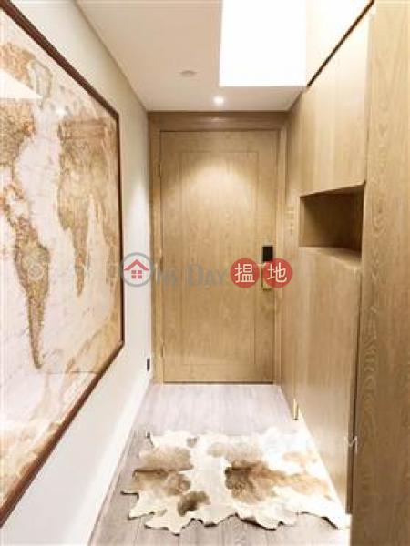 Generous 2 bedroom in Sheung Wan | For Sale, 172-176 Wing Lok Street | Western District, Hong Kong Sales HK$ 8.2M