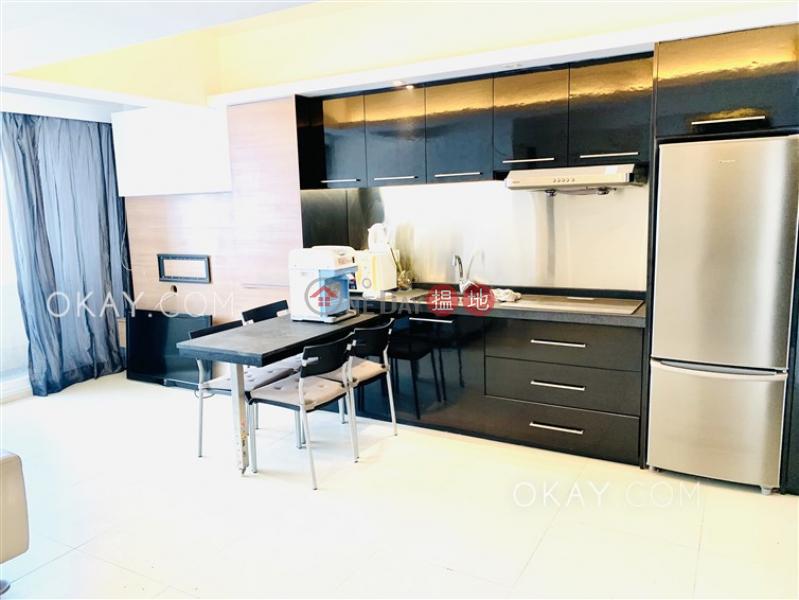 香港搵樓|租樓|二手盤|買樓| 搵地 | 住宅-出售樓盤|3房2廁,露台《泰港大廈出售單位》