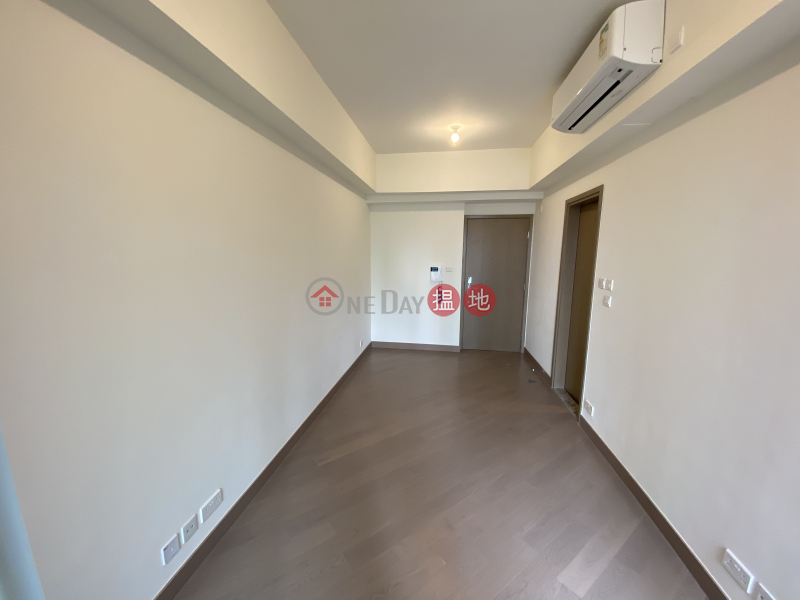 HK$ 14,500/ month | Sun Flower (Tower 2 - R Wing) Phase 2A Le Prestige Lohas Park Sai Kung, Wings at Sea 2 BRs