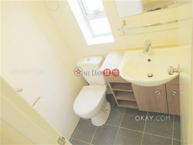 HK$ 30,000/ month, 4 Po Yan Street Central District   Elegant 2 bedroom in Sheung Wan   Rental
