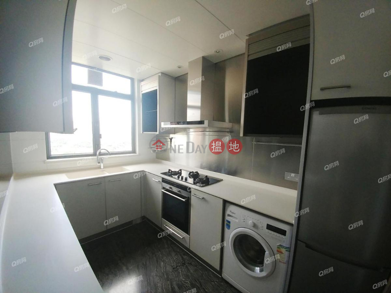 Property Search Hong Kong | OneDay | Residential Rental Listings Yoho Town Phase 2 Yoho Midtown | 4 bedroom Mid Floor Flat for Rent
