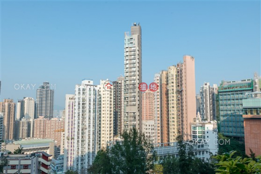 HK$ 23,000/ month | Eivissa Crest | Western District Charming 1 bedroom with balcony | Rental