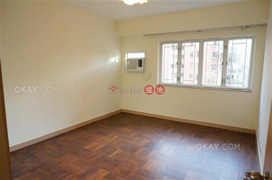 3房2廁,實用率高,連車位,露台《峰景大廈出售單位》|60雲景道 | 東區|香港-出售-HK$ 3,200萬