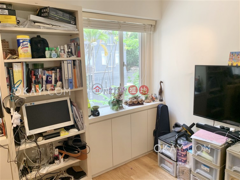 Cozy 1 bedroom in Wan Chai   For Sale   22 Sau Wa Fong   Wan Chai District   Hong Kong Sales HK$ 8.28M