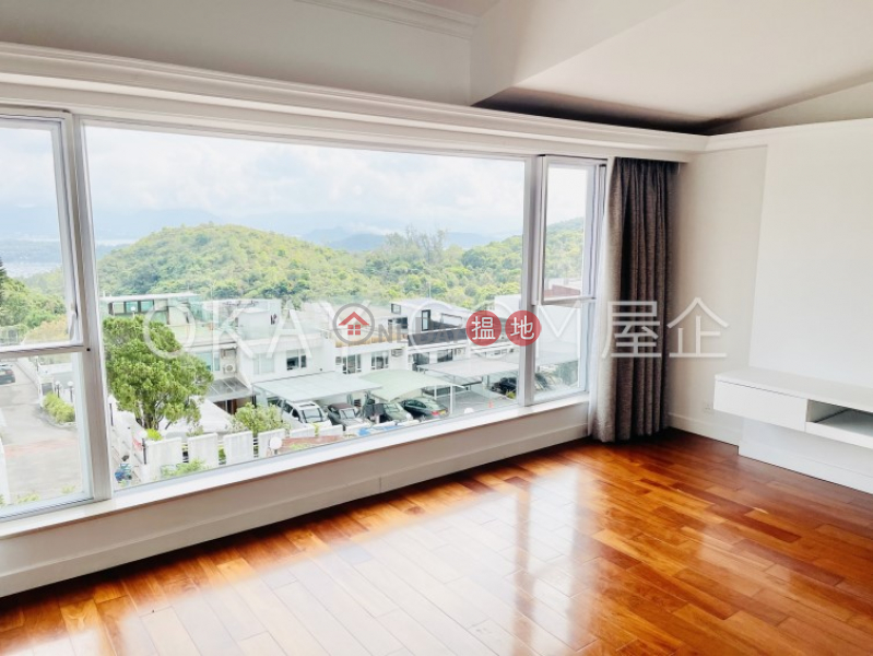 Rare house with terrace & parking | For Sale | Las Pinadas 松濤苑 Sales Listings