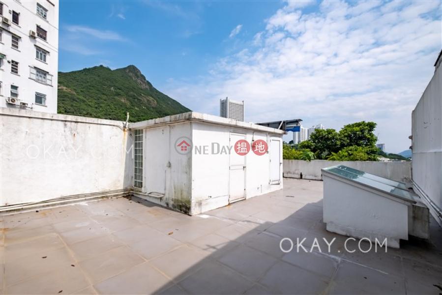 HK$ 95,000/ 月摩星嶺村|西區|4房4廁,連車位,露台,獨立屋《摩星嶺村出租單位》