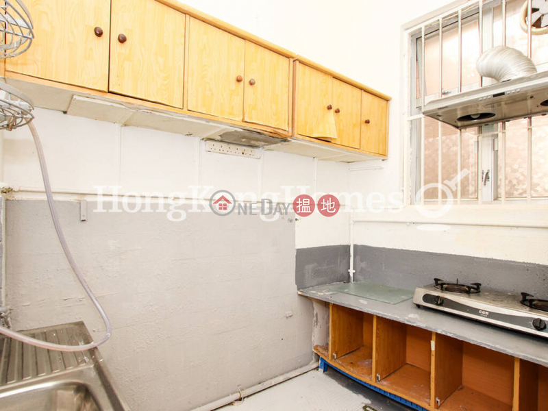 3 Bedroom Family Unit for Rent at 49B-49C Robinson Road 49B-49C Robinson Road | Western District, Hong Kong, Rental HK$ 34,000/ month