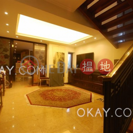 Stylish 3 bedroom with balcony & parking | For Sale