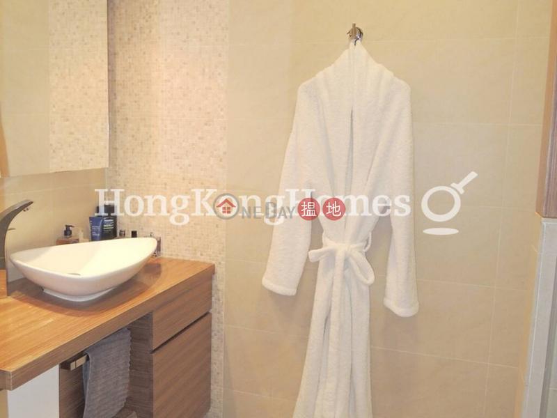 榮華閣兩房一廳單位出租18醫院道   中區-香港-出租HK$ 49,000/ 月