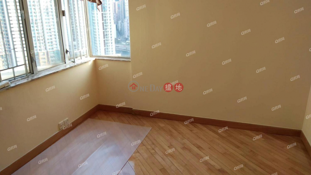 Property Search Hong Kong | OneDay | Residential, Sales Listings, Block 15 On Chak Mansion Sites D Lei King Wan | 3 bedroom High Floor Flat for Sale