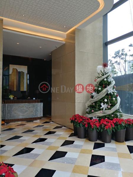525 實用,梗廚,有浴缸 全部對泳池和園林|2沐寧街 | 九龍城|香港-出售|HK$ 1,250萬