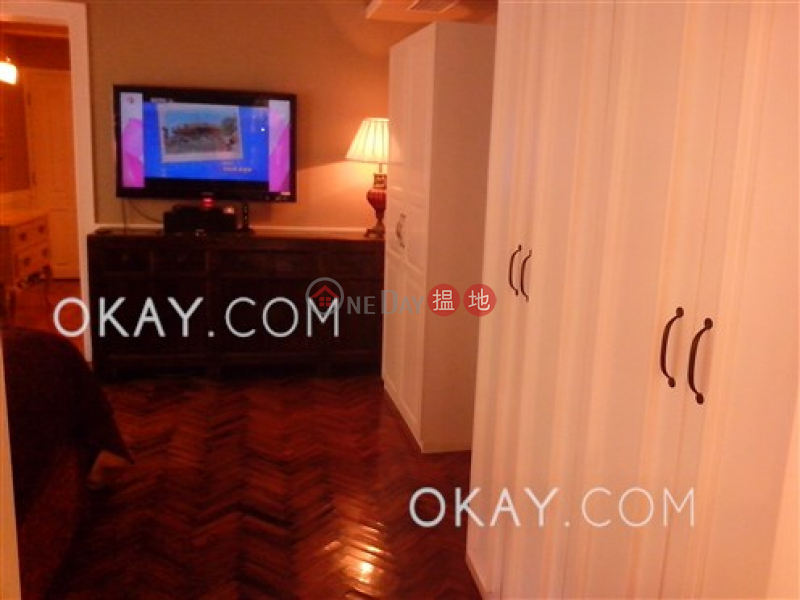 HK$ 35,000/ month Cactus Mansion, Wan Chai District Charming 2 bedroom with terrace | Rental