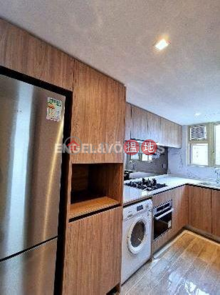 HK$ 50,000/ month, St. Joan Court, Central District 2 Bedroom Flat for Rent in Central Mid Levels