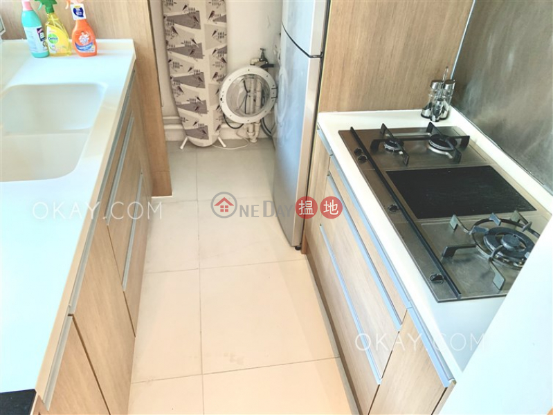 HK$ 46,000/ 月|渣甸豪庭灣仔區|3房2廁,極高層,星級會所,露台《渣甸豪庭出租單位》