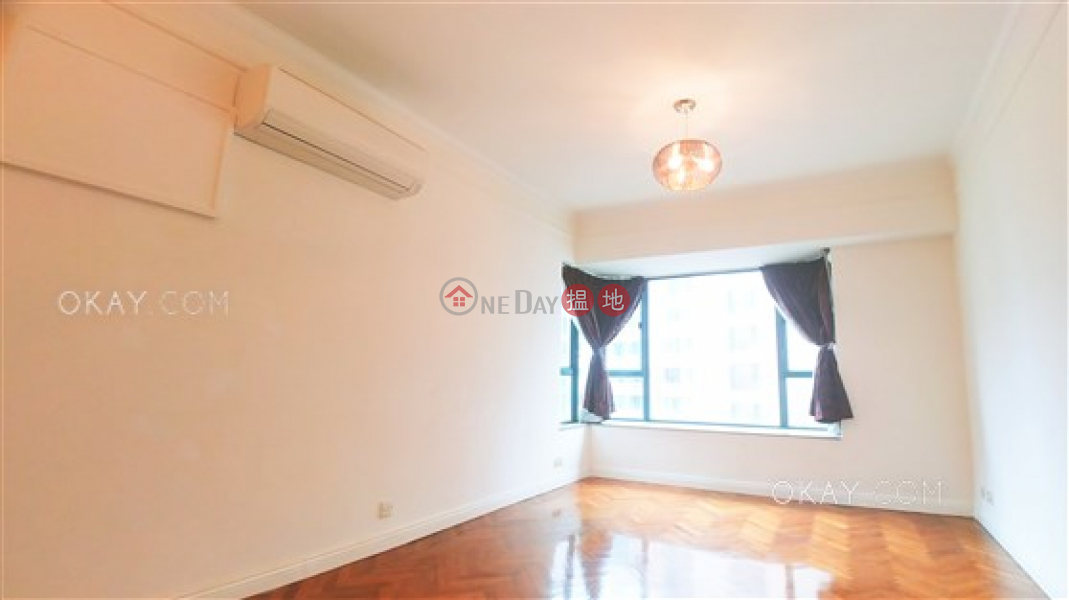 Property Search Hong Kong | OneDay | Residential Sales Listings | Unique 2 bedroom on high floor | For Sale