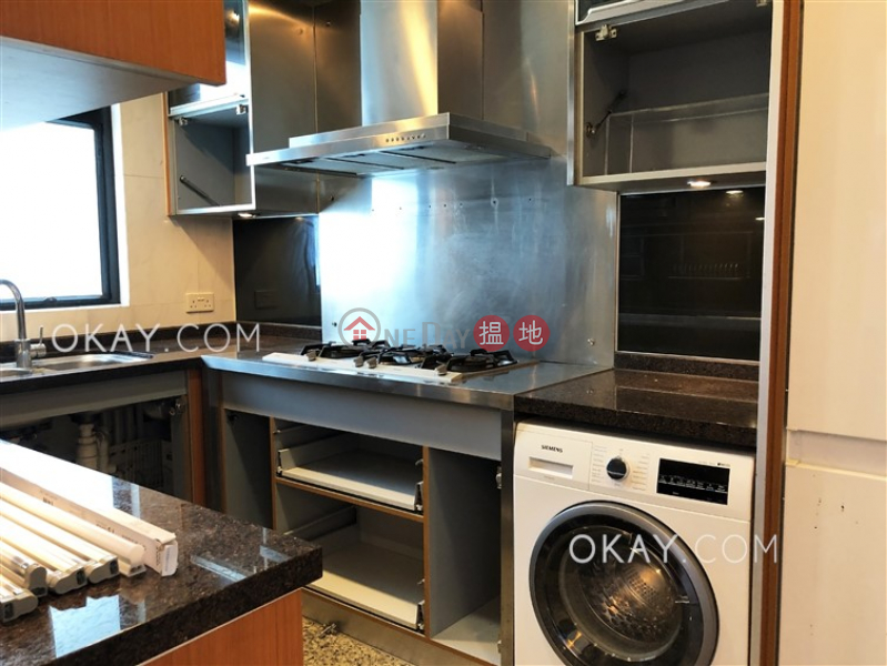 Nicely kept 3 bedroom on high floor with balcony | Rental | The Arch Sun Tower (Tower 1A) 凱旋門朝日閣(1A座) Rental Listings