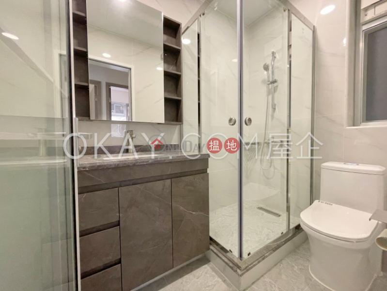 Generous 3 bedroom in Causeway Bay   For Sale   Lockhart House Block B 駱克大廈 B座 Sales Listings