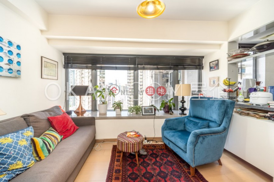 Nicely kept 2 bedroom on high floor with balcony   Rental, 72 Staunton Street   Central District   Hong Kong   Rental HK$ 46,000/ month