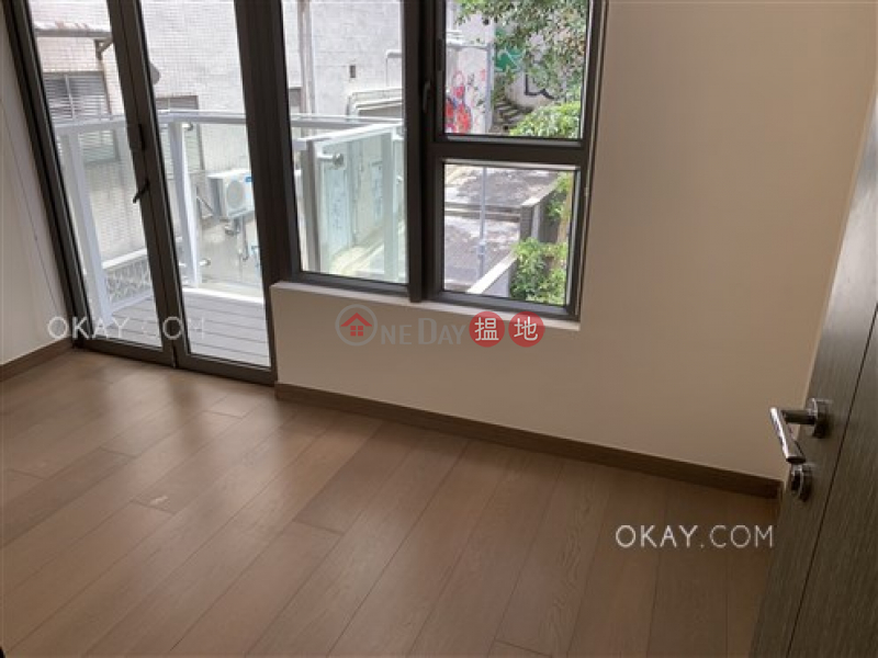 Gorgeous 2 bedroom with balcony | For Sale | Centre Point 尚賢居 Sales Listings