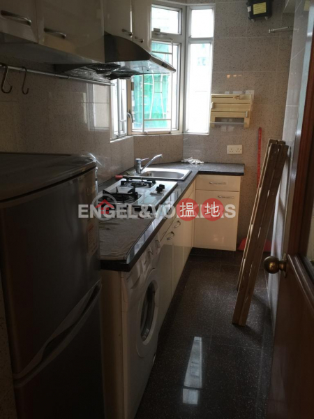 2 Bedroom Flat for Rent in Mid Levels West | 12 Mosque Street | Western District Hong Kong Rental, HK$ 19,000/ month