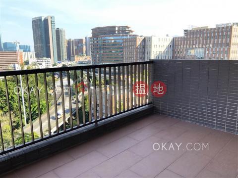 Luxurious 3 bedroom with balcony & parking | Rental|Wylie Court(Wylie Court)Rental Listings (OKAY-R386272)_0