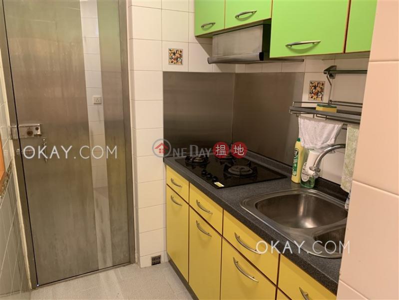 HK$ 25,000/ 月|鳳輝閣灣仔區|2房1廁《鳳輝閣出租單位》