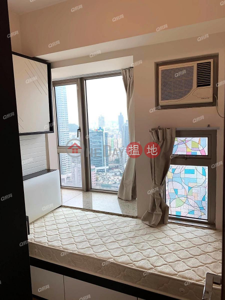 Property Search Hong Kong   OneDay   Residential   Rental Listings   Tower 5 Harbour Green   2 bedroom Mid Floor Flat for Rent