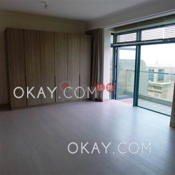 HK$ 140,000/ month | Phase 1 Regalia Bay Southern District | Gorgeous house with rooftop, balcony | Rental