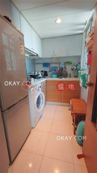 HK$ 9.8M Tower 6 Phase 1 Metro Harbour View | Yau Tsim Mong, Unique 2 bedroom on high floor | For Sale