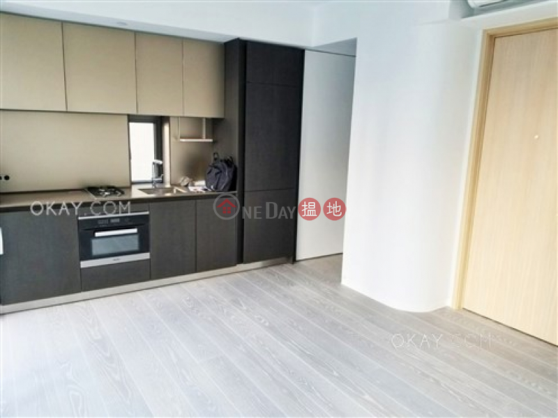 Nicely kept 1 bedroom with balcony | Rental | 28 Aberdeen Street 鴨巴甸街28號 Rental Listings