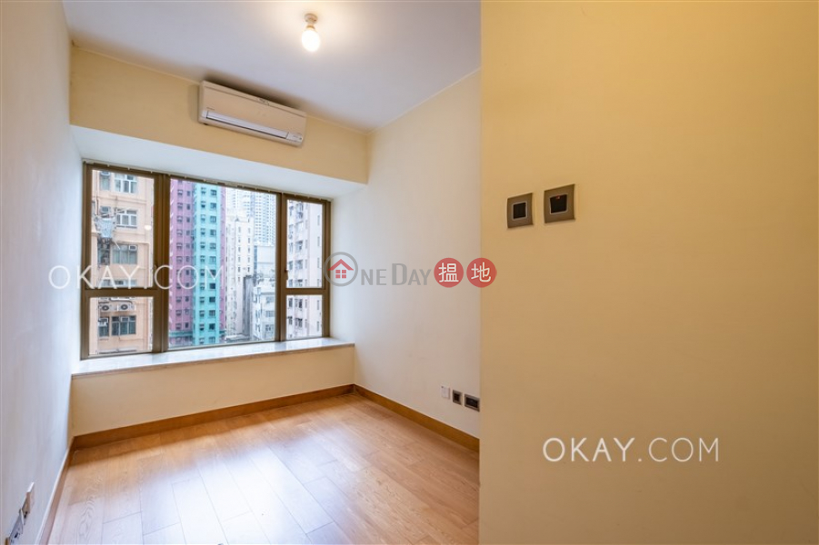 HK$ 30,000/ month | The Nova, Western District | Rare 2 bedroom with balcony | Rental