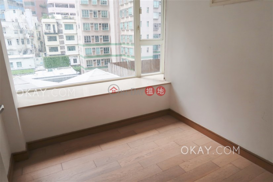 Gorgeous 3 bedroom with balcony | Rental 108 Hollywood Road | Central District | Hong Kong | Rental HK$ 35,000/ month