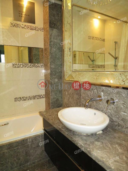 Property Search Hong Kong | OneDay | Residential, Sales Listings Casa 880 | 3 bedroom Mid Floor Flat for Sale
