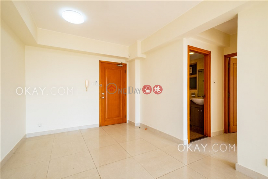 HK$ 35,000/ month, Villa Fiorelli Southern District | Tasteful 3 bedroom with balcony | Rental