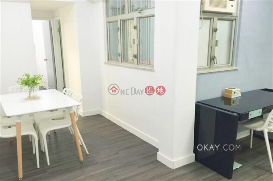 2房1廁,極高層,露台華利樓出租單位210-218皇后大道西   西區-香港 出租 HK$ 25,000/ 月